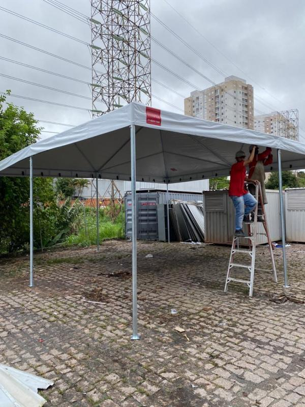 Tenda piramidal aluguel